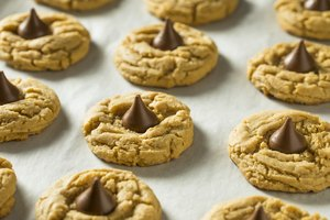 How to Freeze Peanut Butter Blossoms