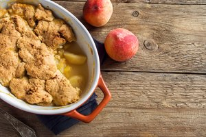 How to Freeze Peach Cobbler