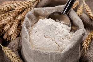The Difference Between All-Purpose Flour and Self-Rising Flour