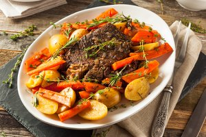How to Cook Beef Chuck Under Blade Pot Roast