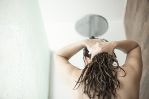 Regular Shampoo vs. Neutralizing Shampoo