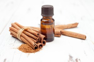 How to Make Cinnamon Oil