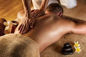 How to Give a Sensual Massage to a Man