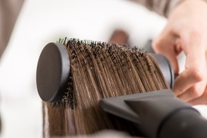 How to Curl Hair With a Hot Brush