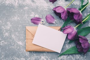 What to Write on Flowers for a Funeral