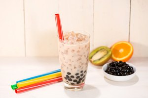 How to Make Strawberry Bubble Tea
