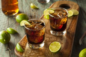 Top Alcoholic Drinks to Mix With Coke