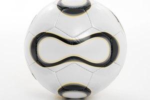 Qué materiales se utilizan para hacer una pelota de fútbol