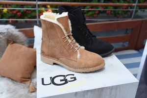 How to Replace the Inside of Uggs