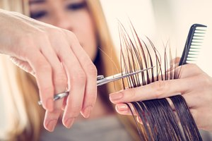 How to Remove Bulk From Hair
