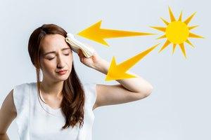 Cómo curar un dolor de cabeza por insolación