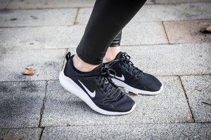 How to Convert Women's Nike Shoe Sizes to Men's