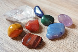 New To Chakras? These Are The Best Stones For Improved Well-Being + How To Use Them