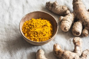 How to Make Turmeric Lotion at Home