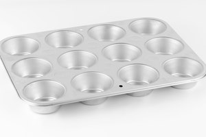How to Make Flan Using Muffin Tins