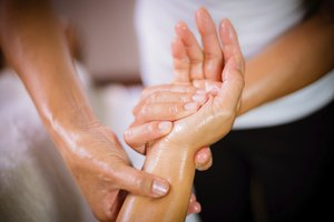 How to Massage the Wrist