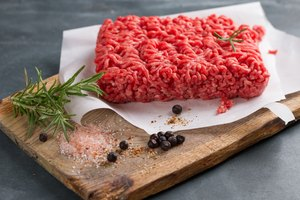 How to Thaw Ground Beef In Your Microwave | LEAFtv