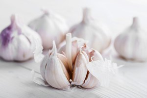How to Make Aged Garlic