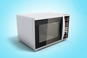 Is it Safe to Put Glass in the Microwave?