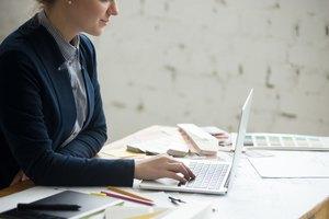 How Should a Women's Business Suit Fit?