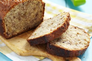 How to Make Banana Bread With Baby Food Bananas