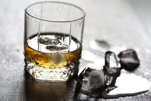 Difference Between Canadian Whisky & Bourbon