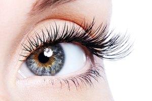 Remedies to Grow Eyelashes