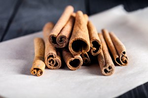 How to Use Stick Cinnamon in Cooking