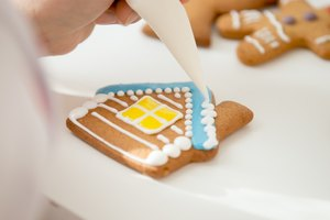 How to Freeze Iced Sugar Cookies
