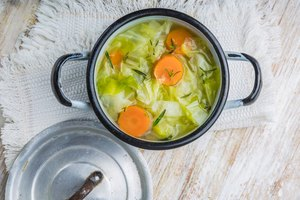 How to Season Cabbage Soup