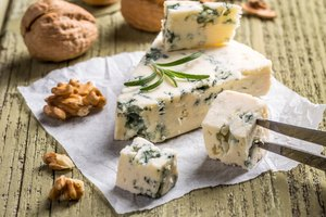 List of gluten-free cheeses