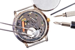 How to Find the Right Watch Battery