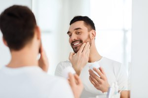 How to Use Aftershave Balm