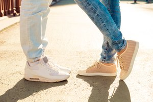 How to Convert Men's to Women's Shoe Sizes