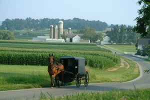 What Is the Amish Dress Code?
