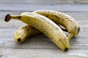 How to Keep Bananas from Ripening Too Quickly