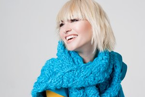 How to Cut Your Own Slanting Bob