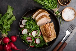How to Cook a Pork Roast in a Cast Iron Skillet