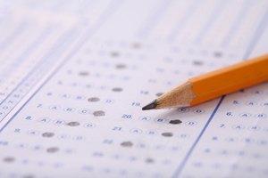 What Are the Advantages & Disadvantages of Achievement Tests?