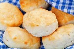 How to Bake Biscuits Over a Campfire