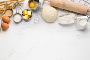 How to Bake Without Measuring Cups