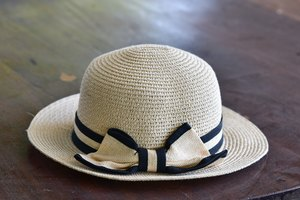 DIY: Grosgrain Ribbon Hat Band