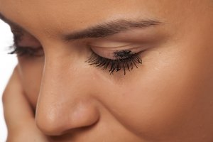 How to Remove Eyelash Dye From Skin