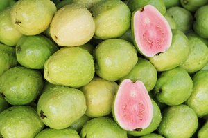 How to Tell If a Guava Is Ripe