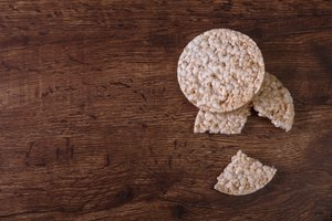 How to Make Healthy and Fun Rice Cake Snacks