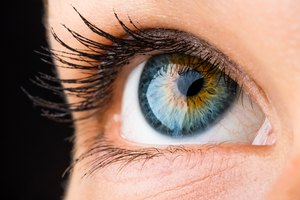 Which Colored Contact Lenses Are Most Natural Looking?