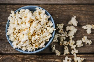 How to Make Salt and Vinegar Popcorn