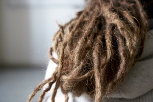 The Best Way to Dry Dreadlock Hair