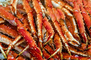 How to Cook Raw Crab Legs