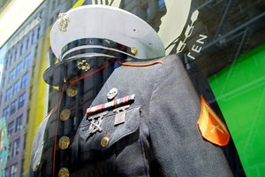 How to Identify Branches of Military Uniforms